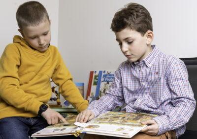 HNO Praxis Züst Rheinfelden, Kinder in der Spielecke